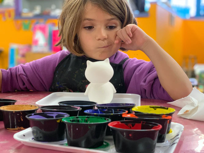 Kids usually don't complain about a vision problem. Sometimes their lack of attention or difficulty focusing at school might be due to an underlying vision problem that was not caught during a routine eye test.